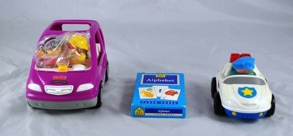Lot Of 2 Fisher Price Little People Pink Car & Police Car & Flash Cards