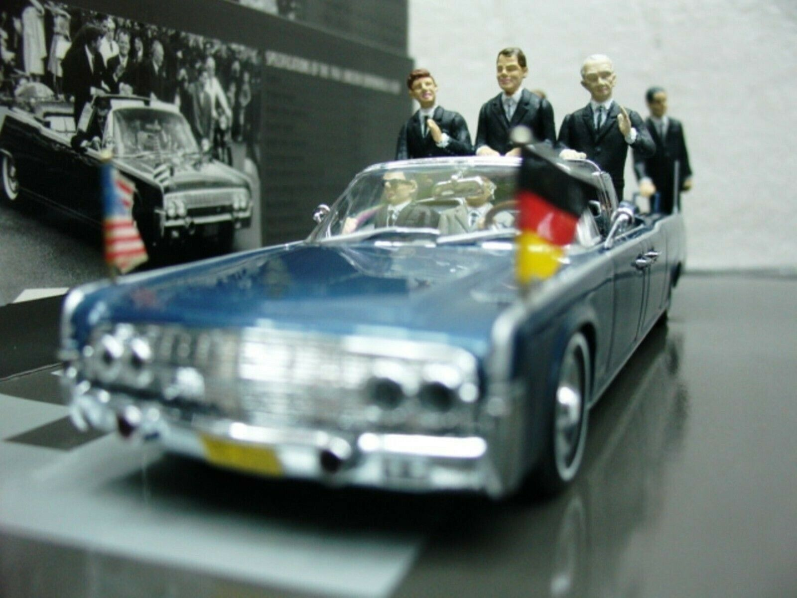 WOW EXTREMELY RARE Lincoln Continental X-100 Kennedy Berlin 1963 1 43 Minichamps
