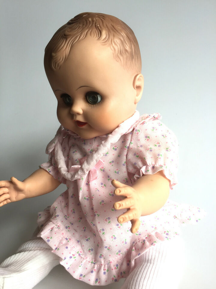Vintage dukke - midten 1900 tallet