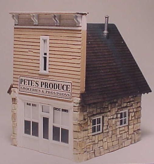 S Sn3 WISEMAN MODEL SERVICES S4012 PETE'S PRODUCE OR GROCERY STORE STRUCTURE KIT