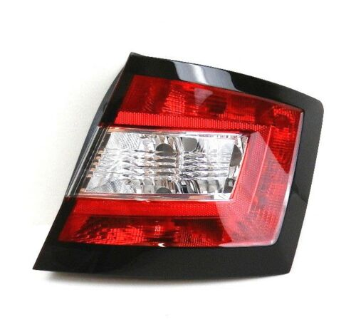 SKODA FABIA HATCHBACK 2015-ON NEW O//S REAR RIGHT DRIVER TAIL LIGHT LAMP LENS