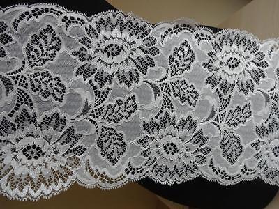 Französische elastische Spitze,Spitzenborte,Lace wollweiß,creme,ivory 16cm breit