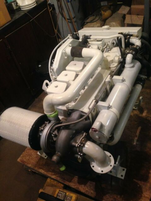 Cummins 6bta 250 HP Marine Diesel Engine With Only 2000 HRS Since Rebuilt
