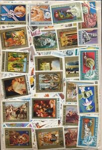 HUNGARY 2000 DIFFERENT CTO (LARGE PICT)  MIXED STAMPS