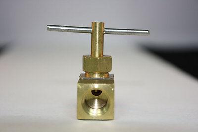 Fuel pressure tee 1//8 npt port 1//2 line Airdog