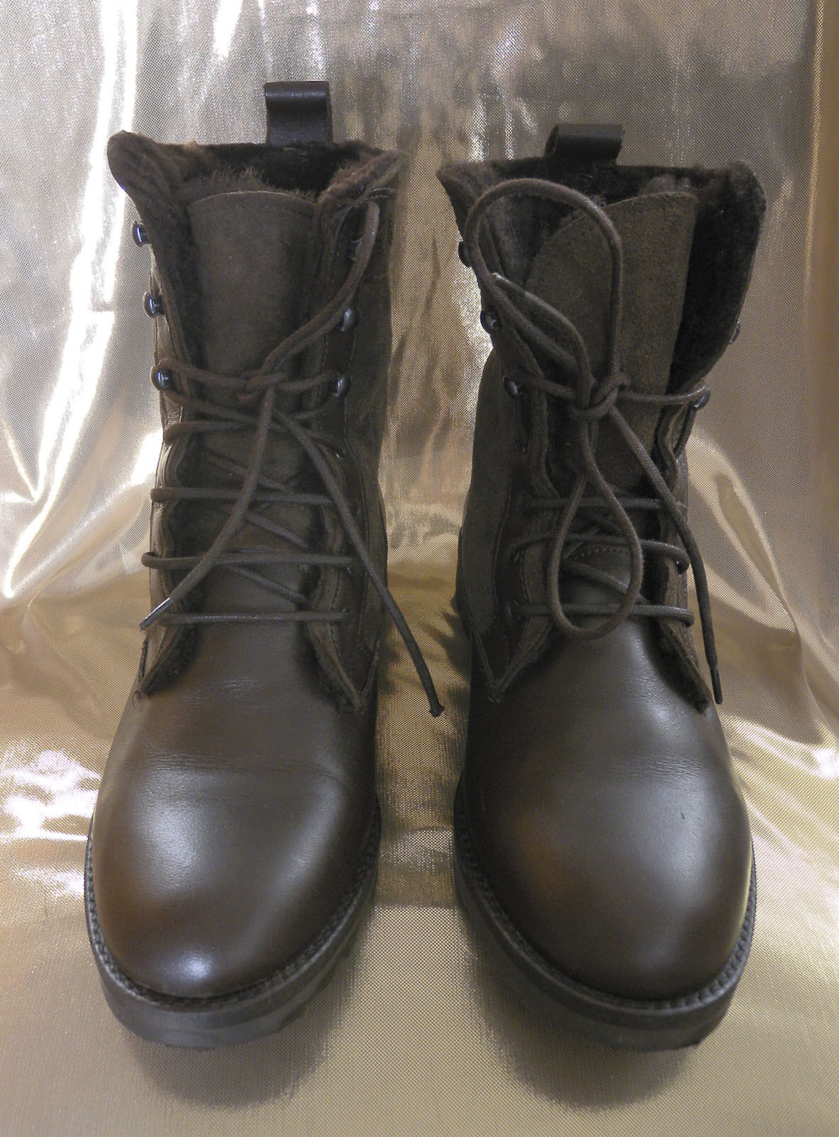 NEW  Leather Sued Lace Up Boots, Sheep fur inside. Size 6