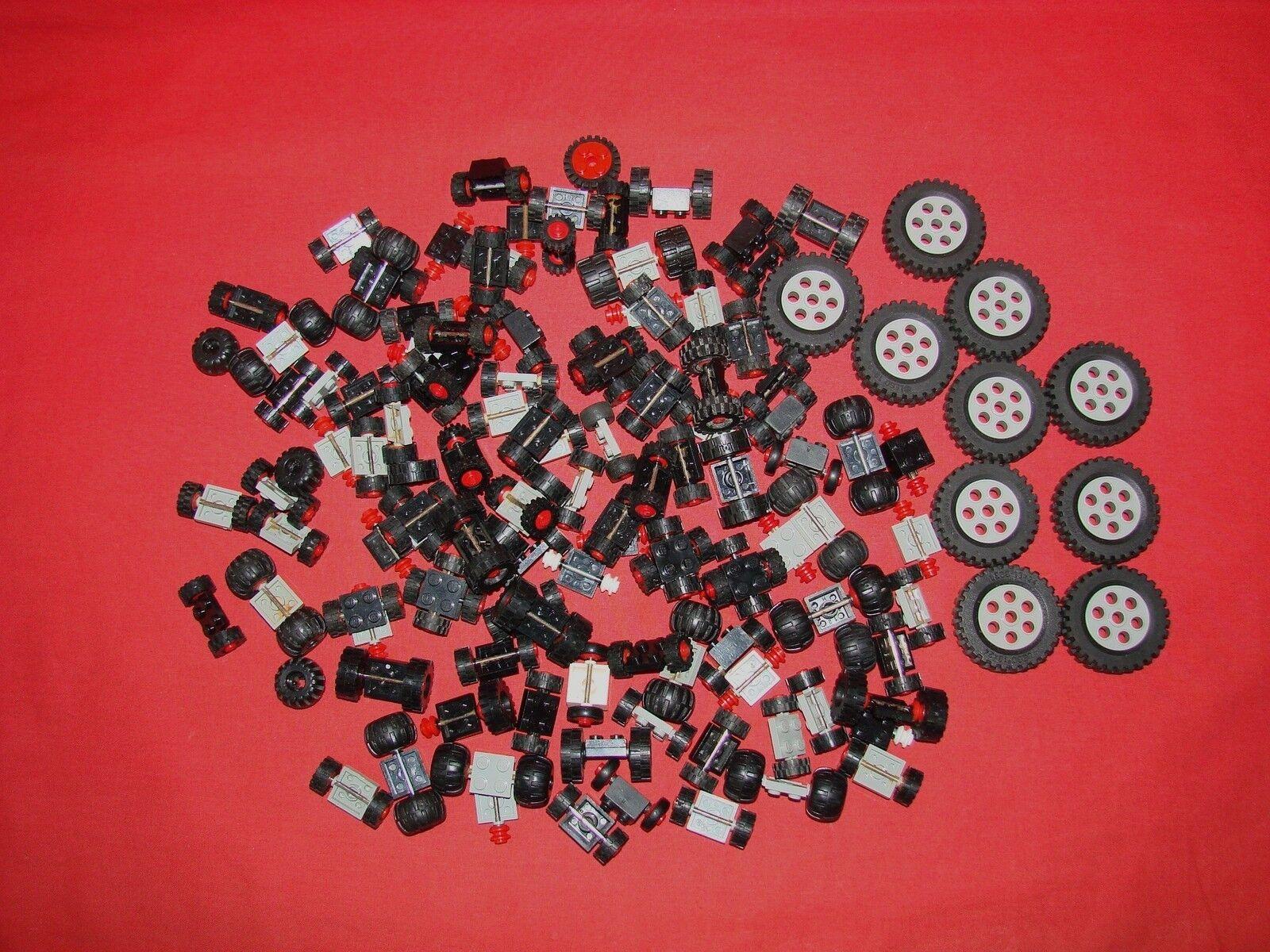 LEGO LOT DE VRAC DE ROUES PIECES DIVERS / JOUET