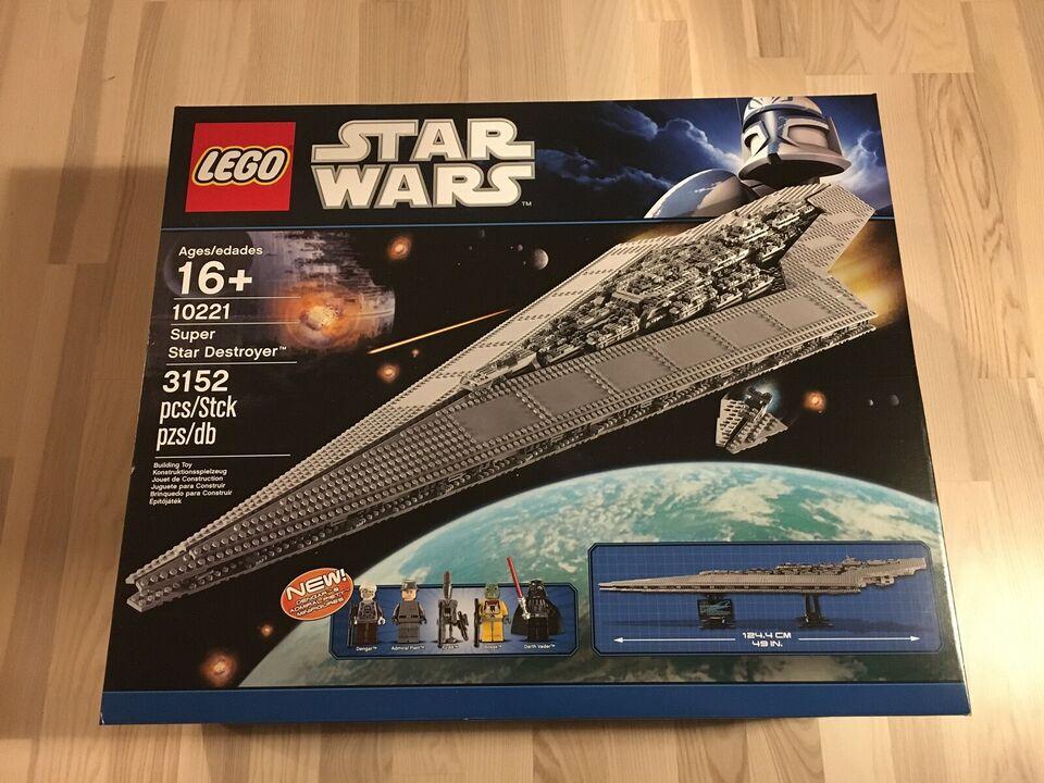 Lego Exclusives, 10221