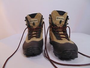 Scarpa hiking boots womens size 39 (US size 8) Brown and black  4a10bcad2