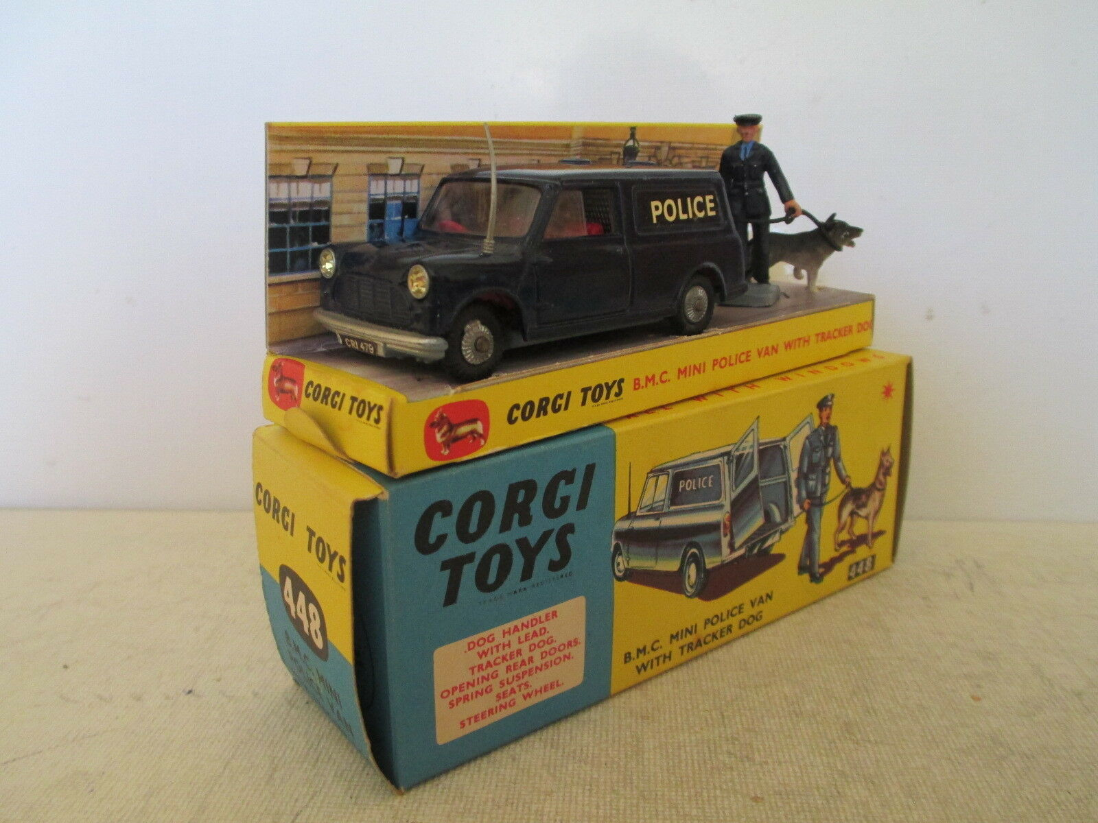 CORGI TOYS 448 BMC MINI POLICE VAN VNMIB PROCHE DU 9 EN BOITE VERY NICE L@@K