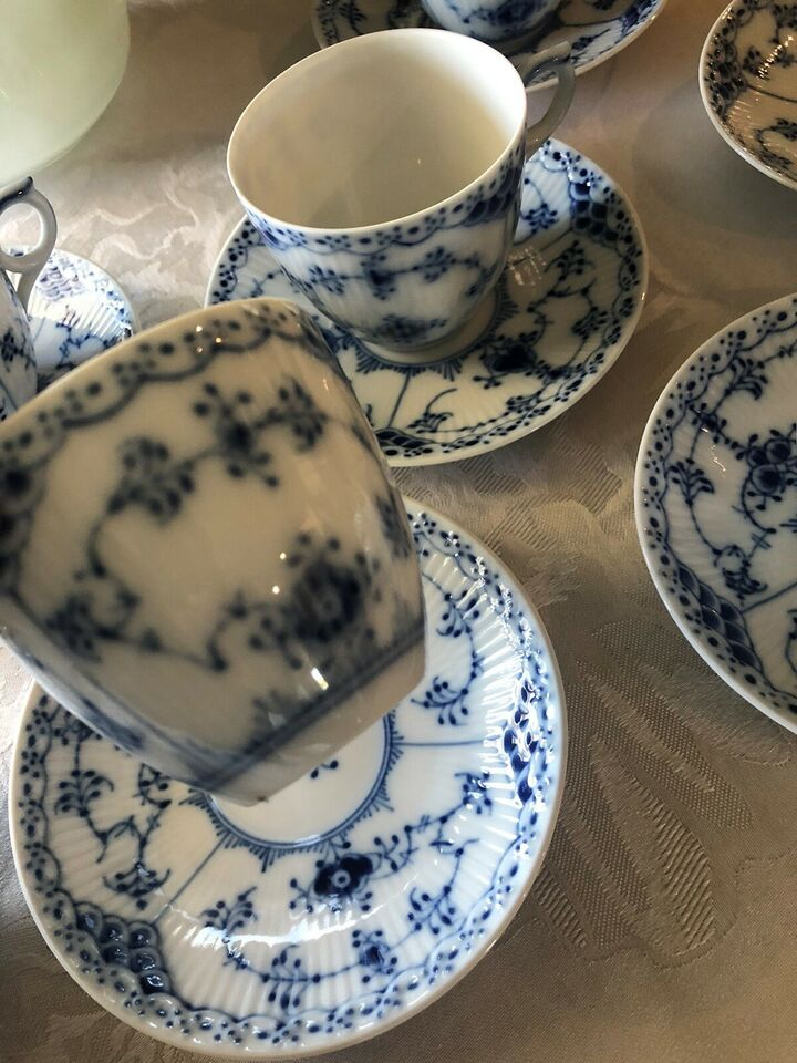 Porcelæn, 8 kopper 7 underkopper , Royal Copenhagen