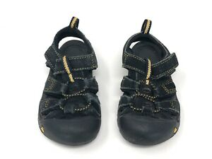 KEEN Newport H2 size 6 toddler black