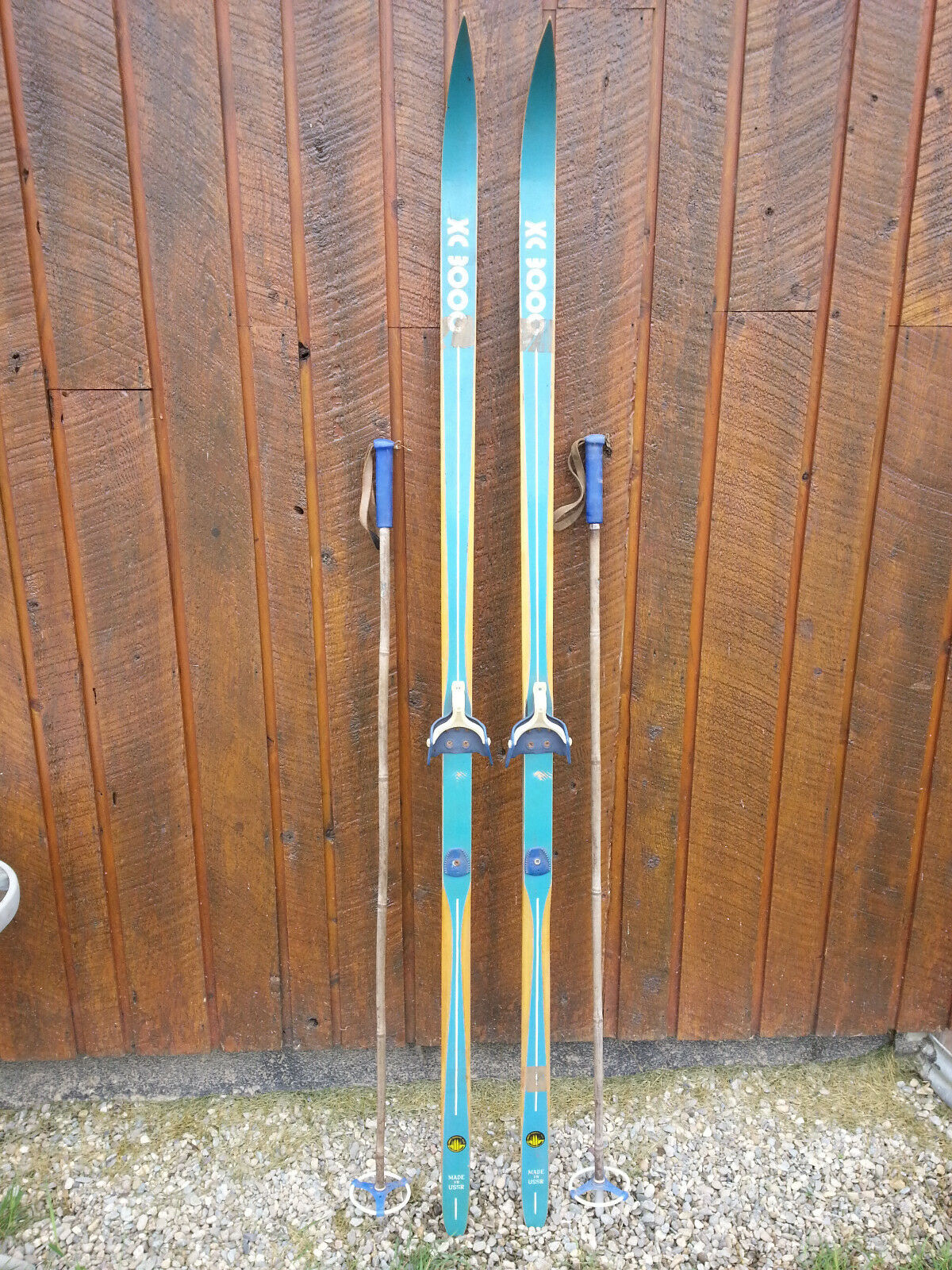 GREAT OLD Wooden Skis 75  Long With GREEN Finish Binding Great for Decorating