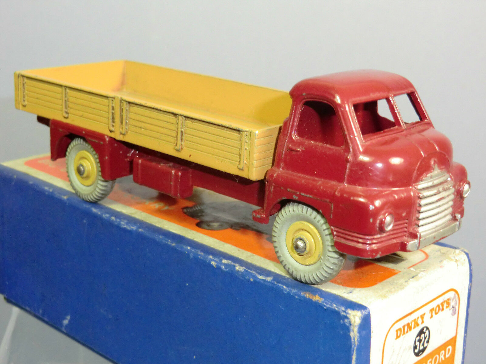 VINTAGE DINKY TOYS MODEL No.522  BIG BEDFORD  LORRY     VN MIB