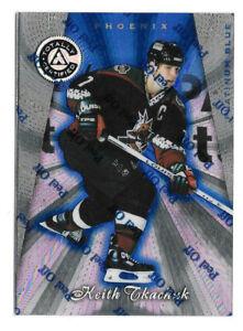 1997-98 Keith Tkachuk Totally Certified Platinum Blue /3099 - Arizona Coyotes