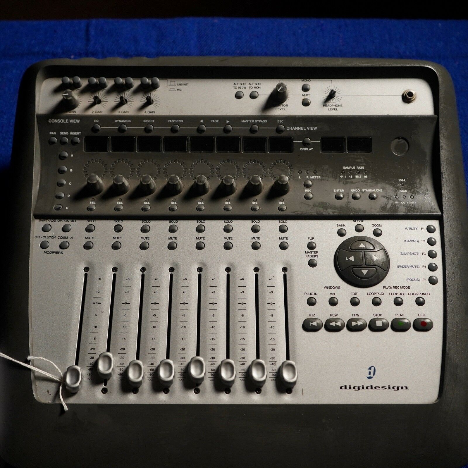 Digidesign Digi 002 mixer interface