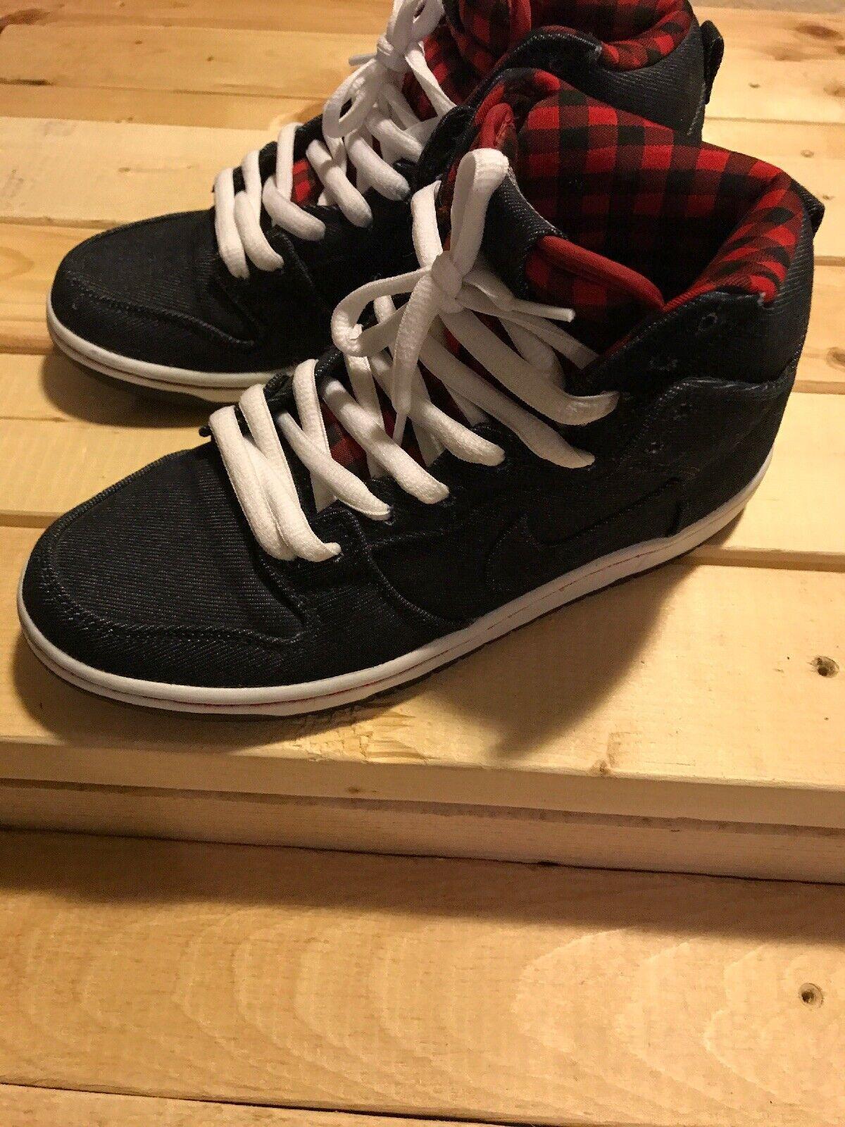 Nike dunk high Sb bluee Size 8
