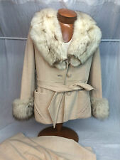 * Lilli Ann * Vtg. Beige Pant Suit with Big Fur* Collar, Cuffs, & Brooch on Back