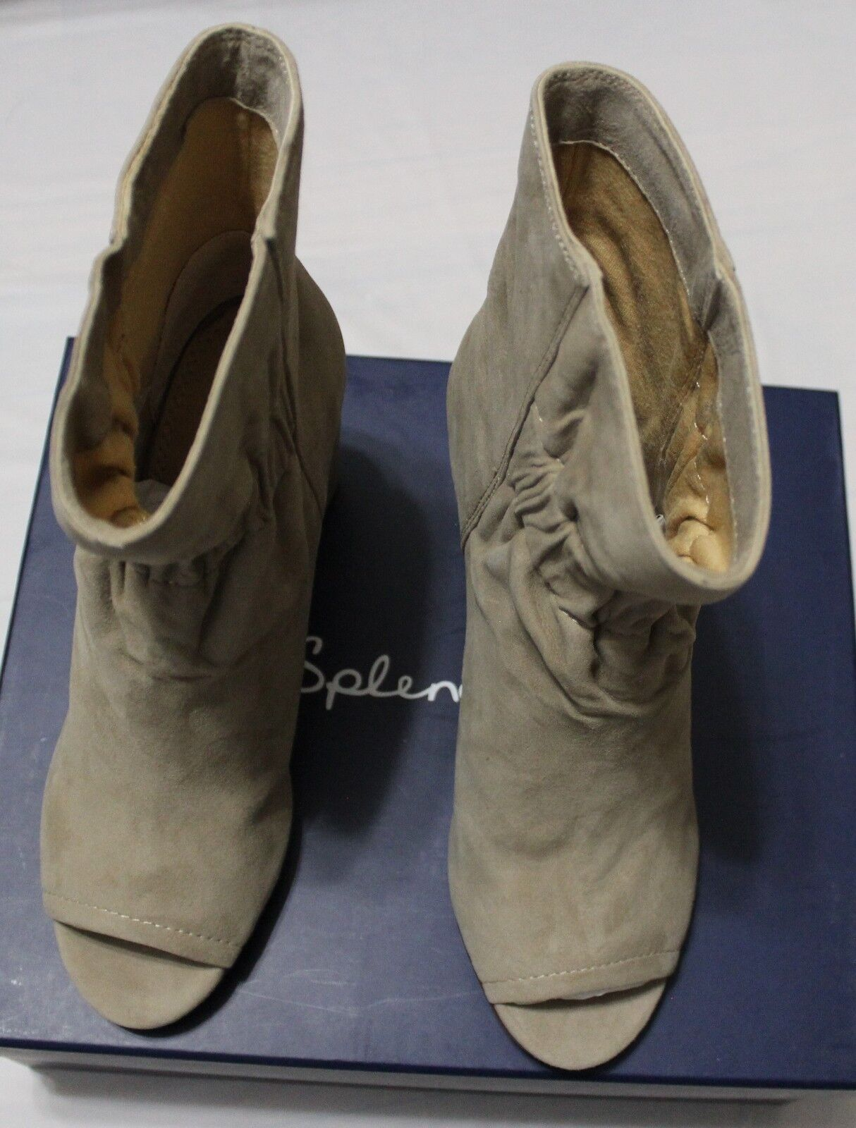 168 SPLENDID RAYNA TAUPE SUEDE ANKLE BOOTIE US 7M