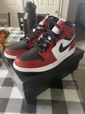 Size 8.5 - Jordan 1 Mid Chicago Black Toe 2020
