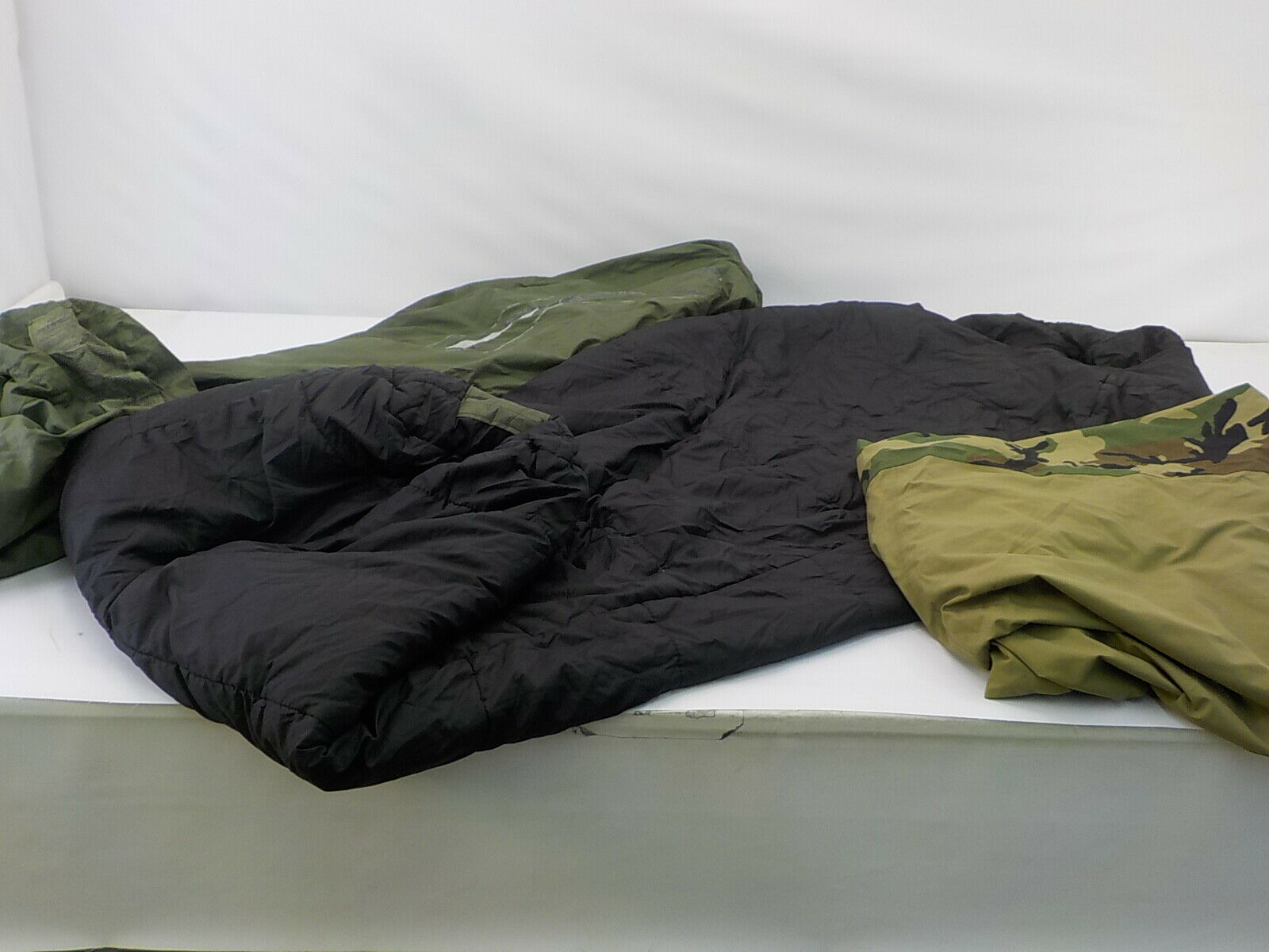 Military Outdoor Clothing K1023 - U.S. G.I. Modular Sleeping Bag System, 4 Piece
