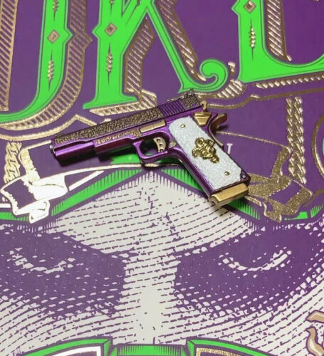 Hot Toys MMS382 Suicide Squad The Joker Purple Coat Ver 1//6 Joker Pistol