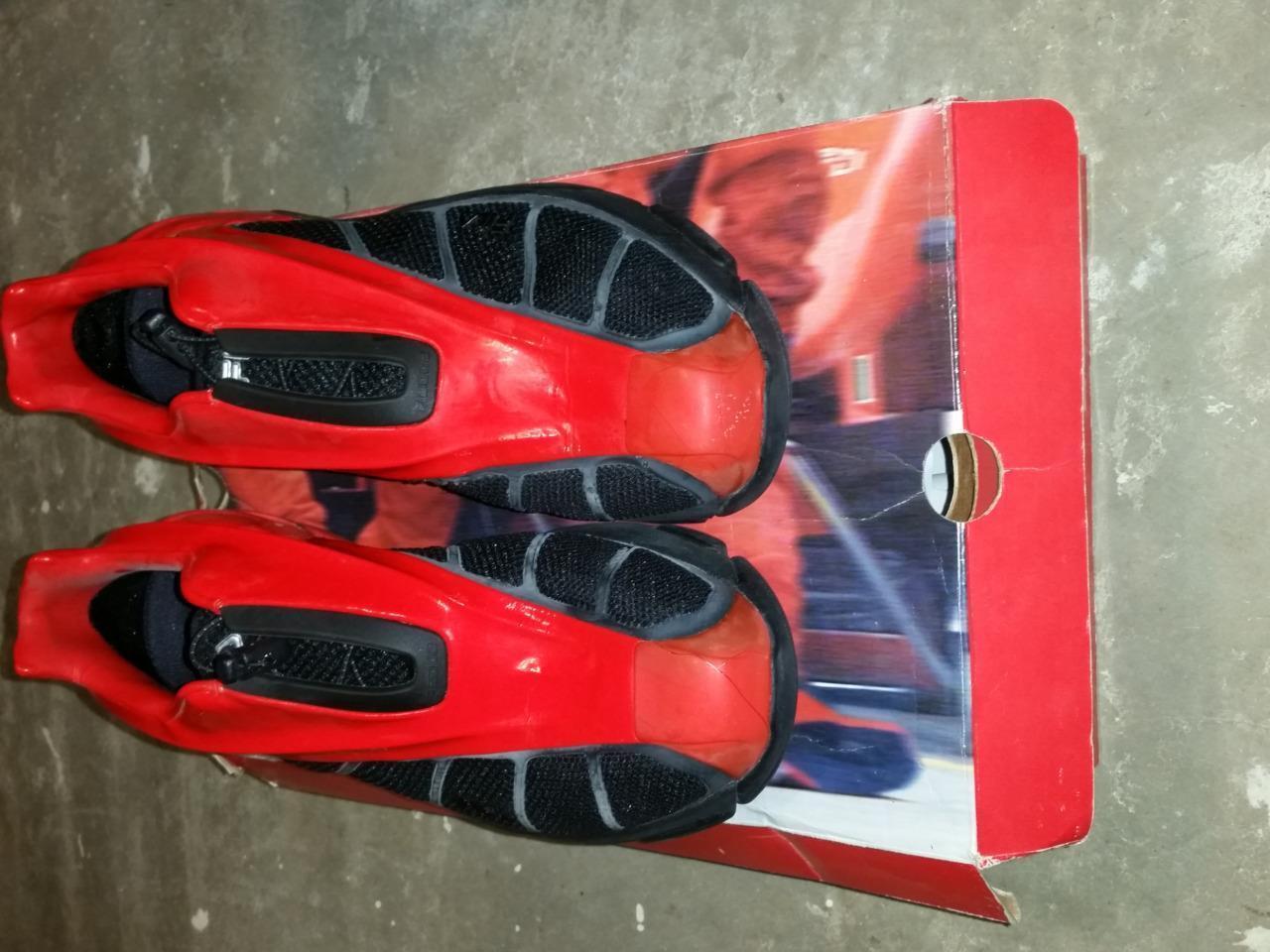 Fila FERRARI M's F2002 Syn Mesh red SQDRA-Blk Red US 11 Used with Orig Box