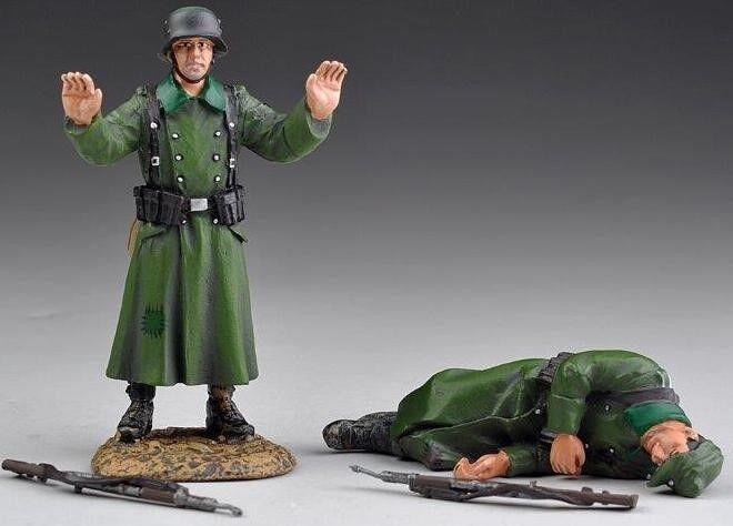 THOMAS GUNN WW2 GERMAN SS013A DEAD & SURRENDERING GERMANS MIB
