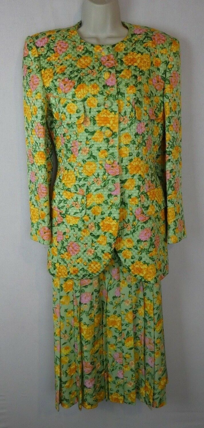 Modele Algo 38 4 6 3 pc skirt top suit green yellow made in Switzerland designer