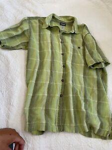 Patagonia Men's Short Sleeve Button Down Shirt Poly/Cotton Size XL
