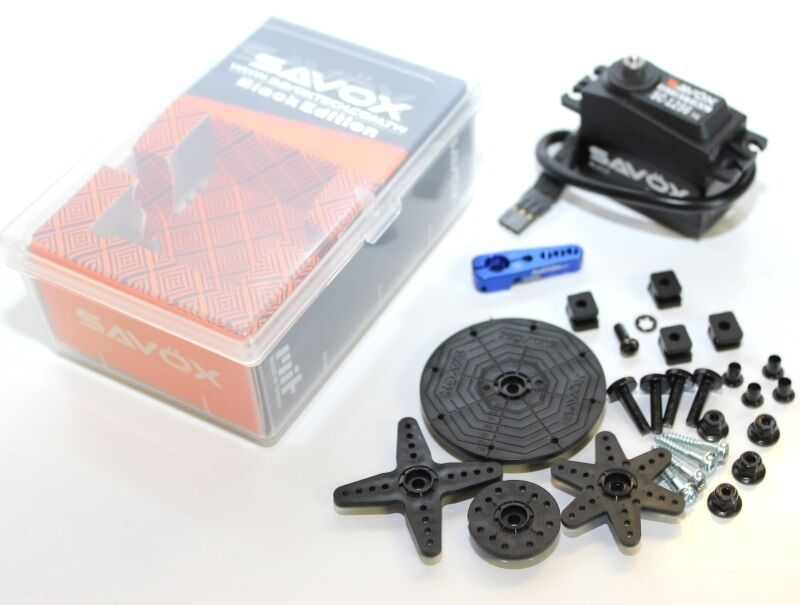 Savox 1256TG-BE negro Edition Servo Coreless + 25T Aluminio Servo Horn Azul