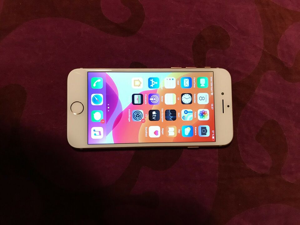 iPhone 8, 64 GB, hvid
