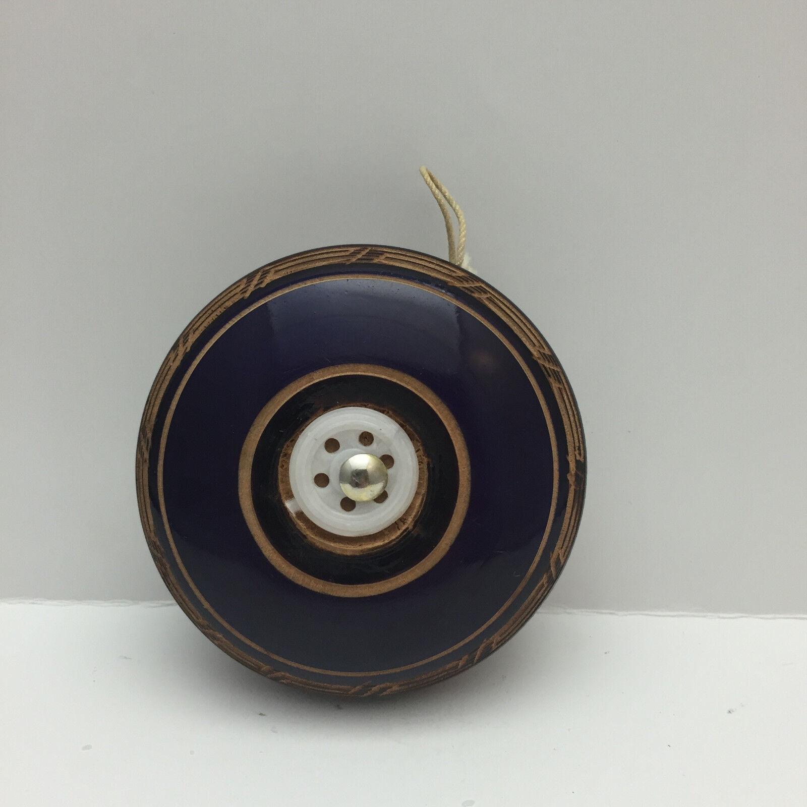 Hand aus holz geschnitzte yo - yo - spielzeug - lila - vintage - - preis gesenkt