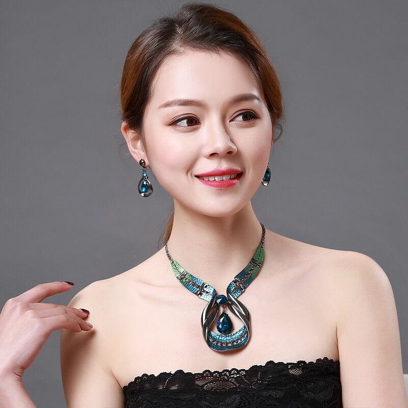 Fashion Vintage Chic Set Necklace Earrings Ear Studs Blue Green Gem Crystal