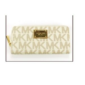 be6028631d0a MICHAEL KORS JET SET TRAVEL VANILLA WHITE PVC+GOLD TONE ZIP-AROUND ...