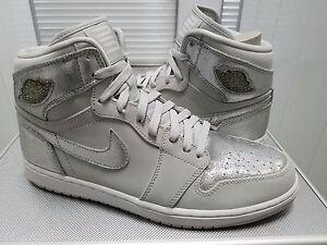 new arrival 9eed0 6bb4f Image is loading Nike-Air-Jordan-1-Retro-HI-SILVER-2009-