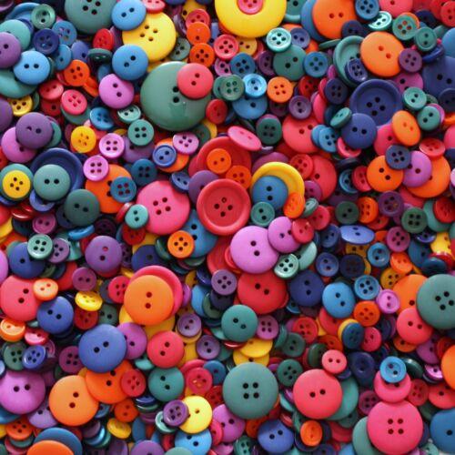 Couture Scrap Vifs Assortiment de 100 Boutons Taille et Couleur Mixtes