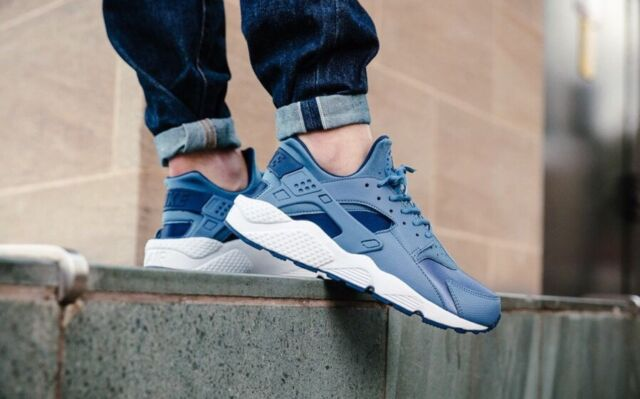 17afa6c43cc1 Nike Air Huarache Run Shoes Women s Size 6.5 Ocean Fog Midnight Navy ...