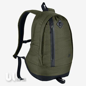 9337a9f82cd56 Das Bild wird geladen Nike-Cheyenne-3-0-Print-Rucksack-Laptoptasche-Reise-