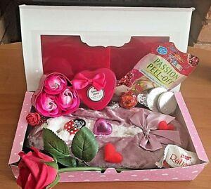 Details About Ladies Gift Hamper For Her Birthday Gift Box Pamper Mum Friend Nan