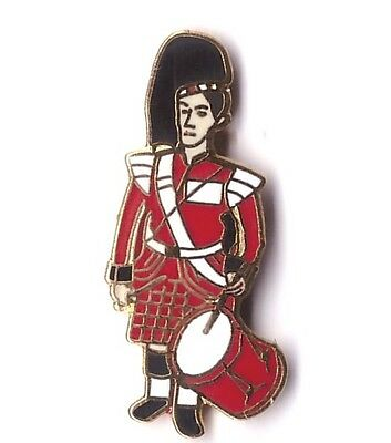 Scottish Drummer Pin Badge FREE UK DELIVERY