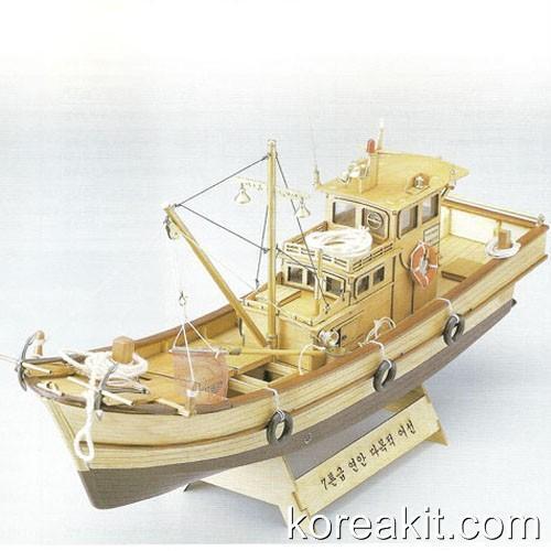 1   25 a 7 toneladas de madera modelo para buques pesqueros coreanos