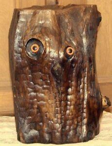 Magnifique-Natural-Wood-Brushed-Varnished-Black-Owl