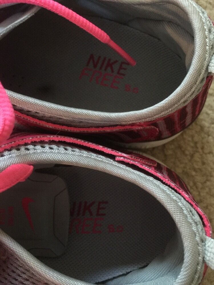 e3e7d0dc958bf ... Excellent Women s Nike Free Cross Training Shoes Fit 4 4 4 5.0 Fuchsia  Force 10 614814 ...