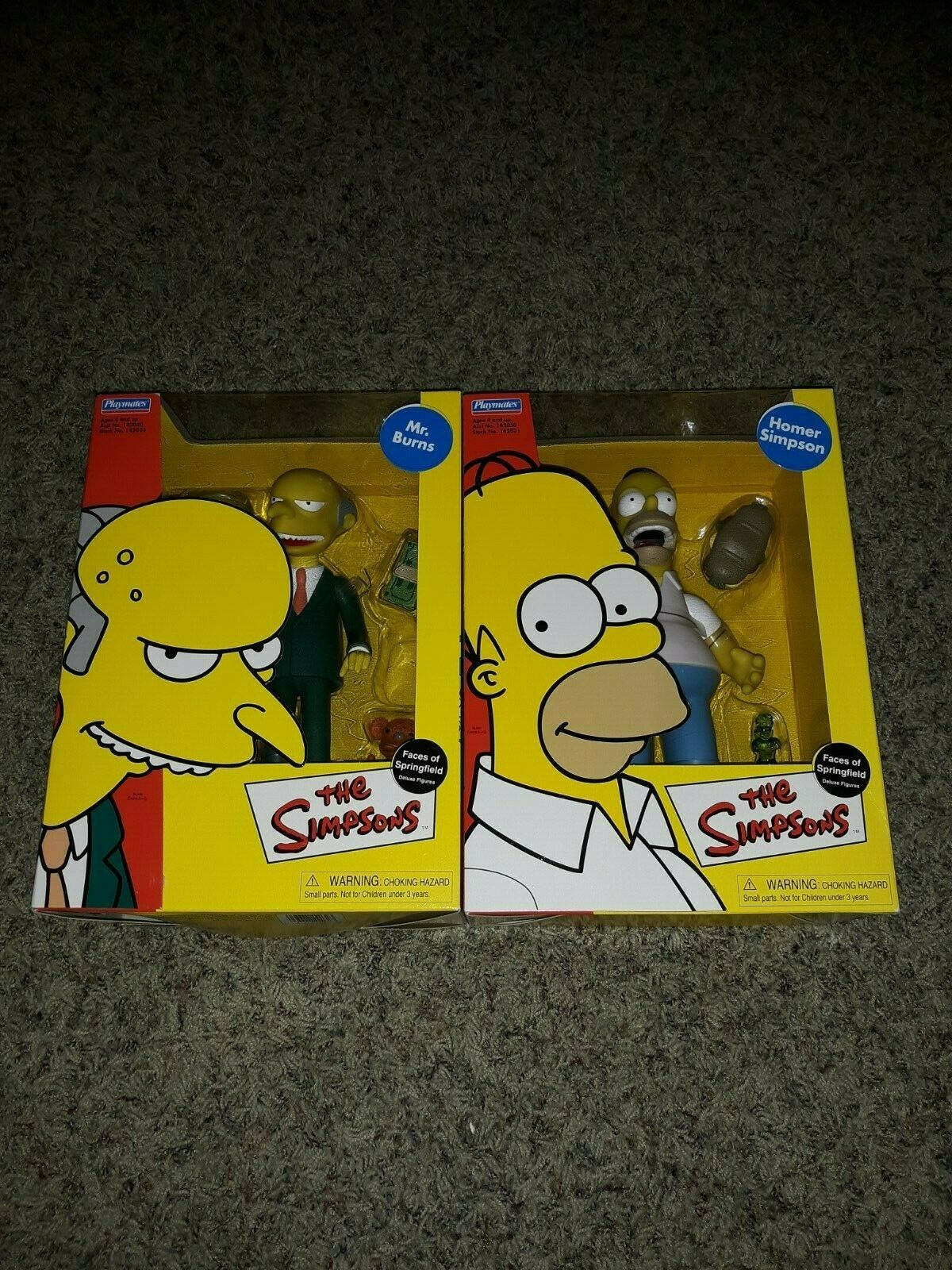 Simpsons Faces Of Springfield Deluxe Figure Homer Simpson & Mr Burns Playmates