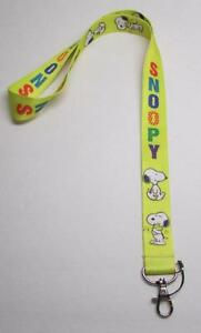 Peanuts-SNOOPY-Yellow-LANYARD-KEY-CHAIN-Ring-Keychain-ID-Holder-NEW