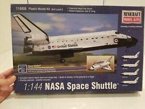 Minicraft Models 1/144 NASA Space Shuttle Plastic Model Kit 11668 Mmi11668