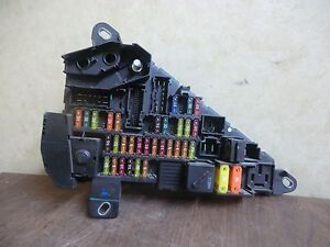 2004 2005 bmw 525i 530i 545i fuse box relay module oem 6 906 603 ebay rh ebay com 2005 bmw 525i fuse diagram 2005 bmw 525i fuse box diagram