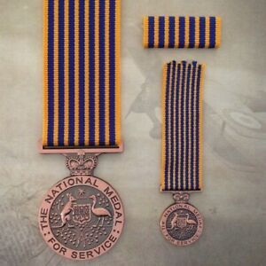 NATIONAL-MEDAL-MINIATURE-RIBBON-BAR-AUSTRALIA-SERVICE-SET-MOUNTING