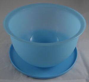 Tupperware-J-51-Junge-Welle-2-5-l-Schuessel-mit-Deckel-Hellblau-Blau-Neu-OVP